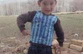 بالفيديو: كاميرا CNN تلتقي بـ ميسي الصغير.. قميص من كيس بلاستيكي في أرياف أفغانستان ولقاء مرتقب مع النجم الأرجنتيني