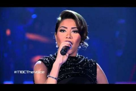 #MBCTheVoice - أغنية جماعية مع شيرين - بلادي بلادي، ما شربتش من نيلها-مرحلة العروض المباشرة