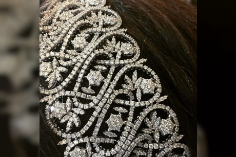 @yessayan jewelry headpiece for tonights #wedding #performance in #dubai stay tuned