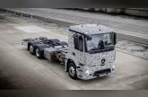 مرسيدس تقدم شاحنة كهربائية لأول مرة