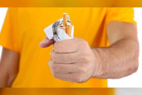 دراسة تكشف علاقة غريبة بين التدخين والطرش!