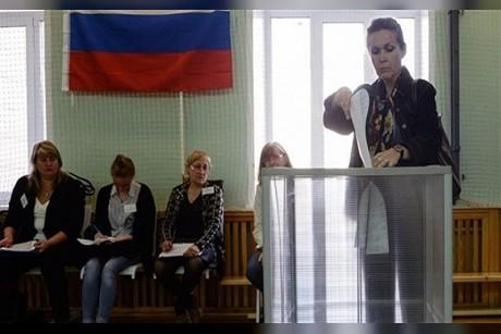 الروس يبدأون التصويت لانتخاب رئيس لفترة 6 سنوات قادمة