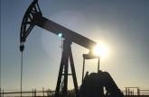 النفط يقفز لأعلى مستوى في 3 أسابيع بفعل التوترات في الشرق الأوسط والقلق بشأن فنزويلا