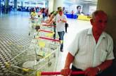 رئيس فنزويلا يروج لتربية الدواجن في البيوت لتعويض نقص المواد الغذائية