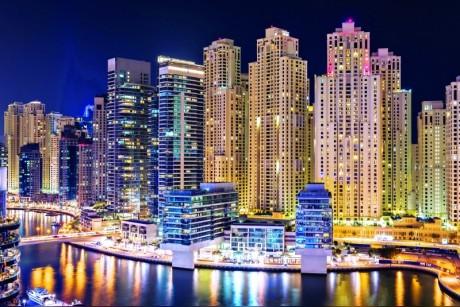 اقتصاد دبي ينمو إلى 389 مليار لعام 2017