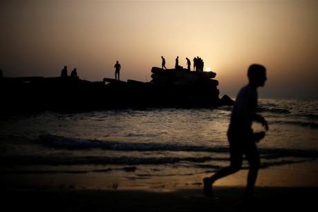 بحر غزة متنفَّس الغزيين الوحيد
