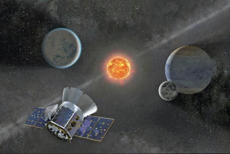 «تيس» يبحث عن الحياة في أقاصي الكون