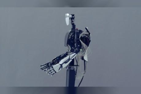 فيديو  روبوت يمكنه تقليد حركة اليد بالوقت الحقيقي