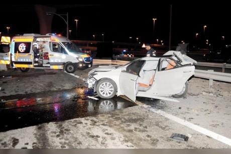 وفاة شخص وإصابة 8 بتصادم 4 مركبات في أبوظبي