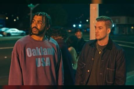 """فيديو  العرض الدعائي لفيلم """"Blindspotting""""من """"Lionsgate"""""""