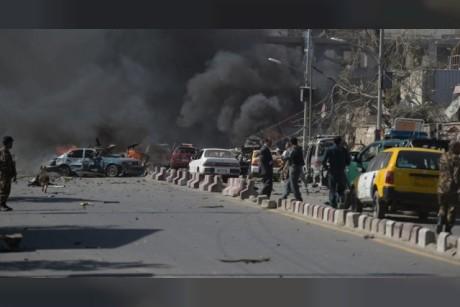 4 قتلى في هجوم انتحاري على مركز لتسجيل الناخبين في كابل