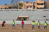دوري لكرة القدم في ملعب الرقة بعدما حوله تنظيم الدولة الاسلامية سجناً