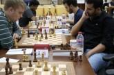 المصري عدلي يلحق بركب المتصدرين في «الشارقة ماسترز للشطرنج»