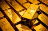 الذهب ينخفض بفعل توقعات بزيادة أسعار الفائدة الأميركية وانحسار التوترات