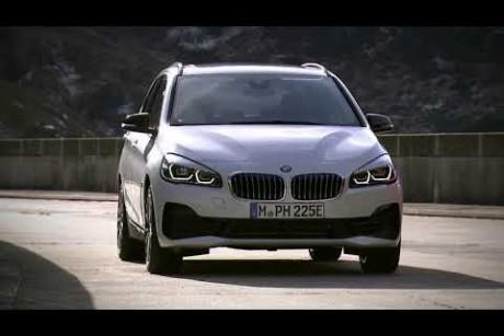 BMW الفئة الثانية جران وأكتيف تورر يظهران في شكل جديد