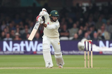 Pakistan build healthy lead over England in first Test