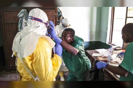 Fear and suspicion hinder Congo medics in Ebola battle