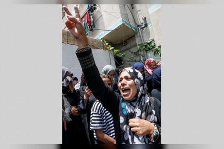 إسرائيل تقيم عائقاً بحرياً شمال غزة