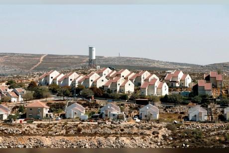 ليبرمان يعلن خطة لبناء 2500 وحدة سكنية استيطانية في الضفة الغربية