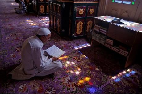 مشاهد رمضانية حول العالم