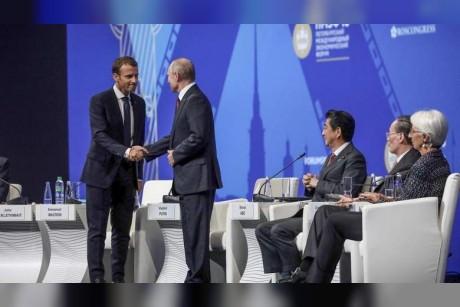 Trade war risks global economic crisis, warns Putin