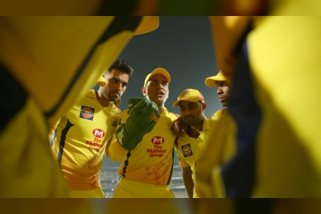 IPL 2018 Final Preview: MS Dhoni and Chennai bank on experience in showdown with Rashid Khan-inspired Sunrisers