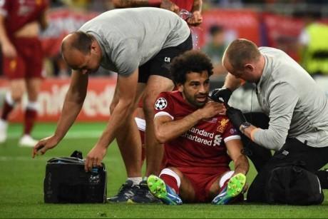 صدمة محمد صلاح المُعلقة في رقبة 3 لاعبين