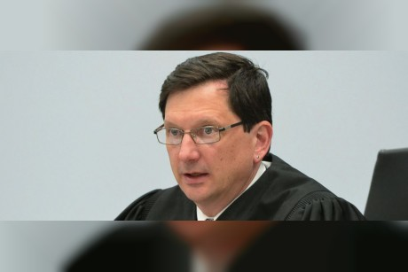 Judge quits after suspension for sexual acts at courthouse