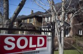 'Unprecedented' reliance on housing fuels Canadian recession call