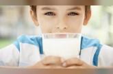 نصف لتر من الحليب يومياً يحمي الأطفال من السكري