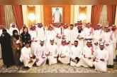 سلطان بن محمد يكرم «الرياض» في حفل الفائزين بمسابقة عز الخيل للتصوير