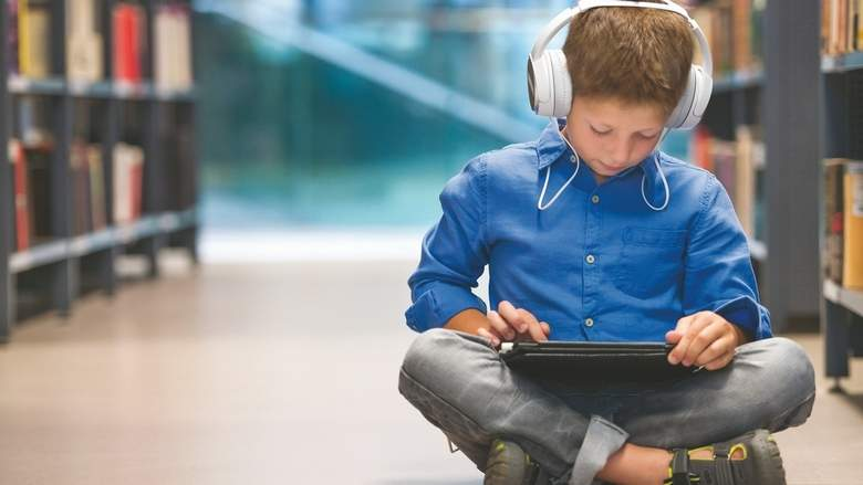 Don't use headphones for more than an hour at a stretch - Dotemirates