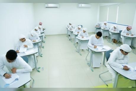 أولياء أمور: امتحانات الظهيرة تؤثر سلباً في درجات أبنائنا