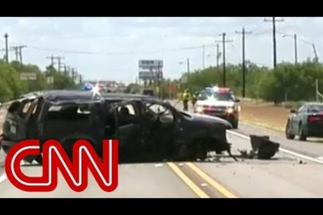 Border patrol chase ends in deadly crash