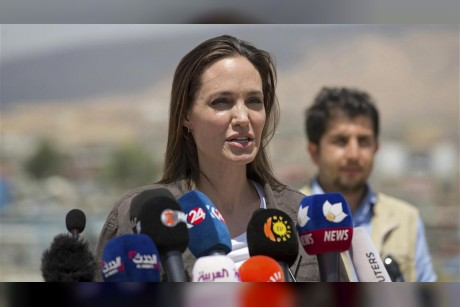 Angelina Jolie pleads for more aid after visit to refugee camp in Iraq