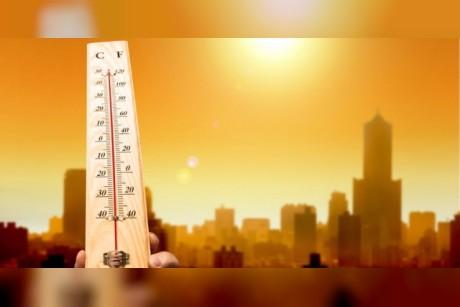الوطني للأرصاد يتوقع ارتفاعاً تدريجياً في درجات الحرارة غداً