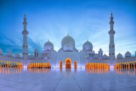 اماكن التسوق والسياحة في ابوظبي