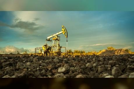 توقعات بتأثر النفط الأميركي بالرسوم الصينية