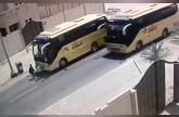 «النقل» تسحب تصريح سائق حافلة متهور