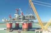 النفط يرتفع قبل اجتماع فيينا .. وتوقعات بسعي أوبك إلى تهدئة الأسعار