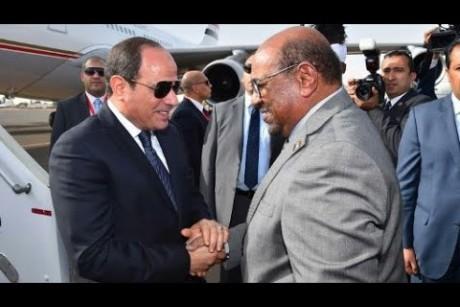 السيسي في السودان لتعزيز العلاقات الثنائية وتأكيد دعمه للسلام بين إثيوبيا وإريتريا