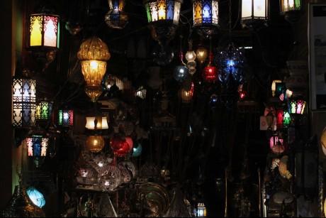شارع المعز في القاهرة.. رحلة إلى قلب التاريخ