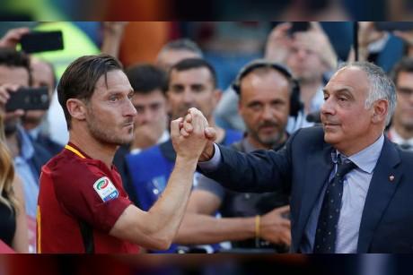 إيقاف رئيس نادي روما بسبب سلوك غير لائق