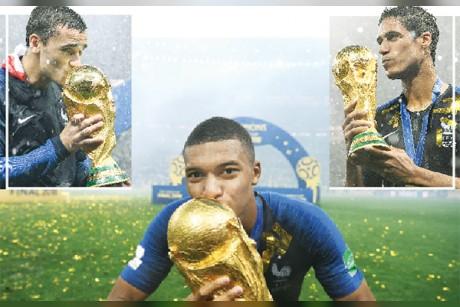 3 «ديوك» تحلم بالكرة الذهبية
