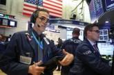 القلق والترقب يسيطران على الأسواق الأمريكية