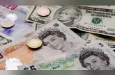 الإسترليني ينخفض مقابل الدولار الأمريكي لأدنى مستوى منذ عشرة أشهر
