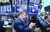 الأسواق العالمية تتعافى من موجة خسائر في ظل ارتفاع النفط ونشاط دمج