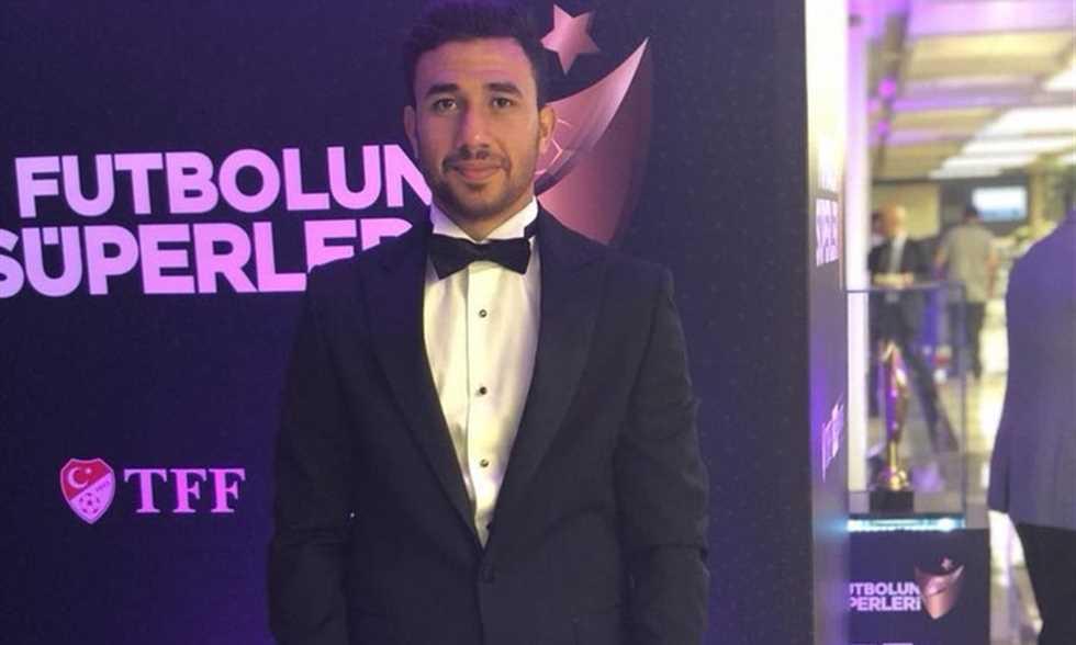 تريزيجيه يخسر جائزة أفضل لاعب في تركيا لصالح نمر جالاتا سراي - دوت امارات