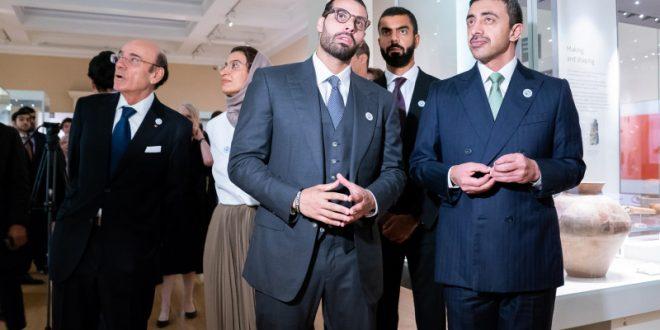 عبدالله بن زايد يدشّن قاعة الشيخ زايد في المتحف البريطاني - دوت امارات