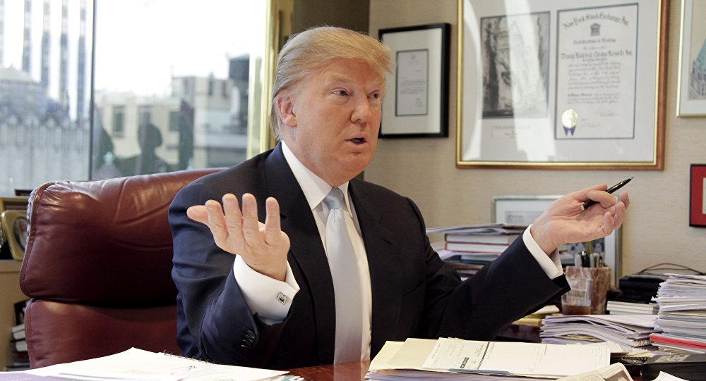 ترامب يوقع مرسوما حول مسؤولية التدخل في الانتخابات الأمريكية - دوت امارات